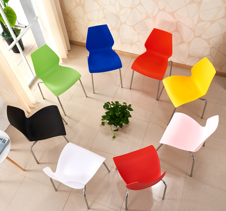 White Trade Show Portable Plastic Chair