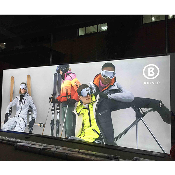 20' x 8' Double Sided Free Standing Backlit Display Walls